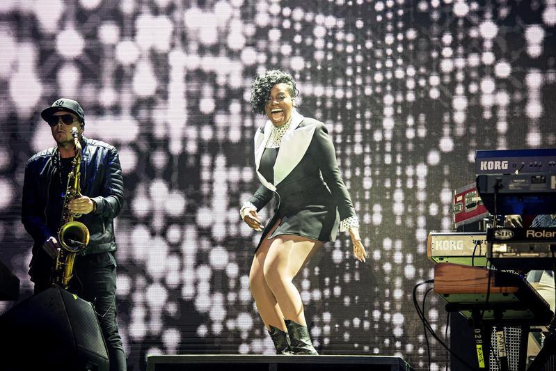 Fantasia performs at 2018 Essence Festival