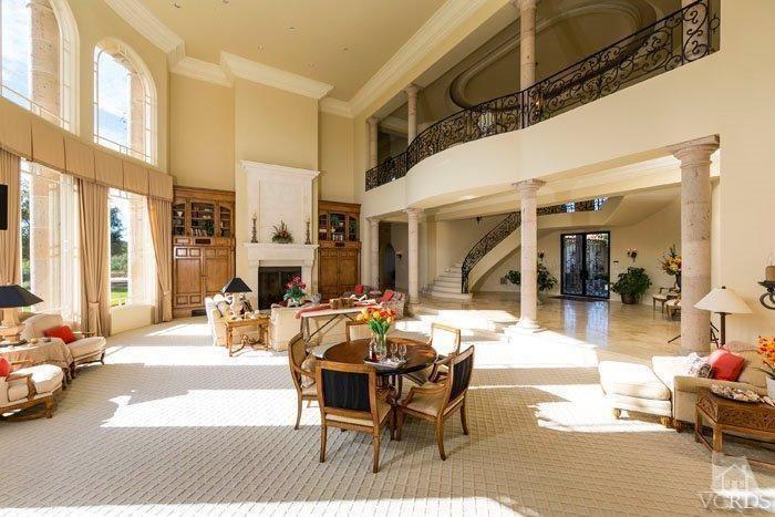 Britney Spear's house in Thousand Oaks, California
