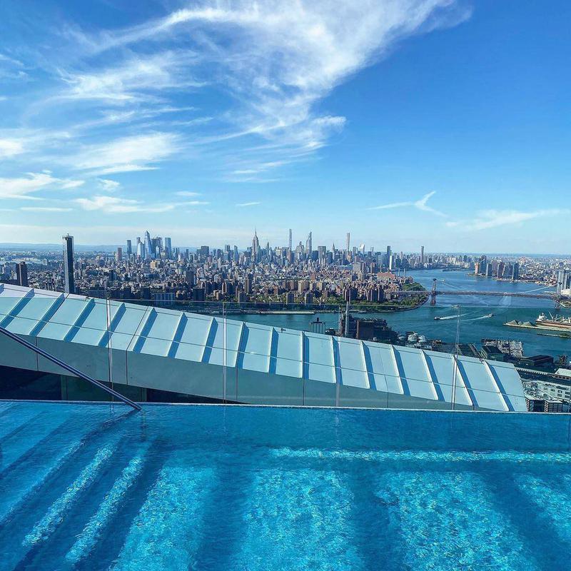 Brooklyn Point Rooftop Retreat