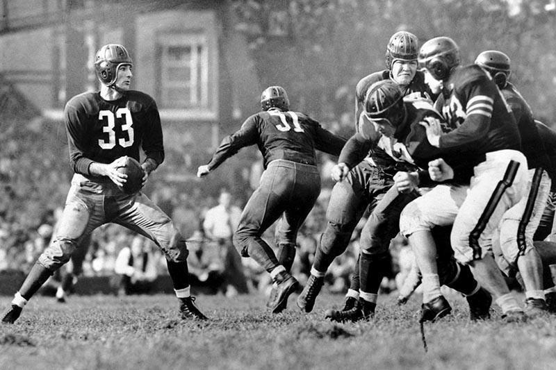 Washington Redskins quarterback Sammy Baugh in 1942
