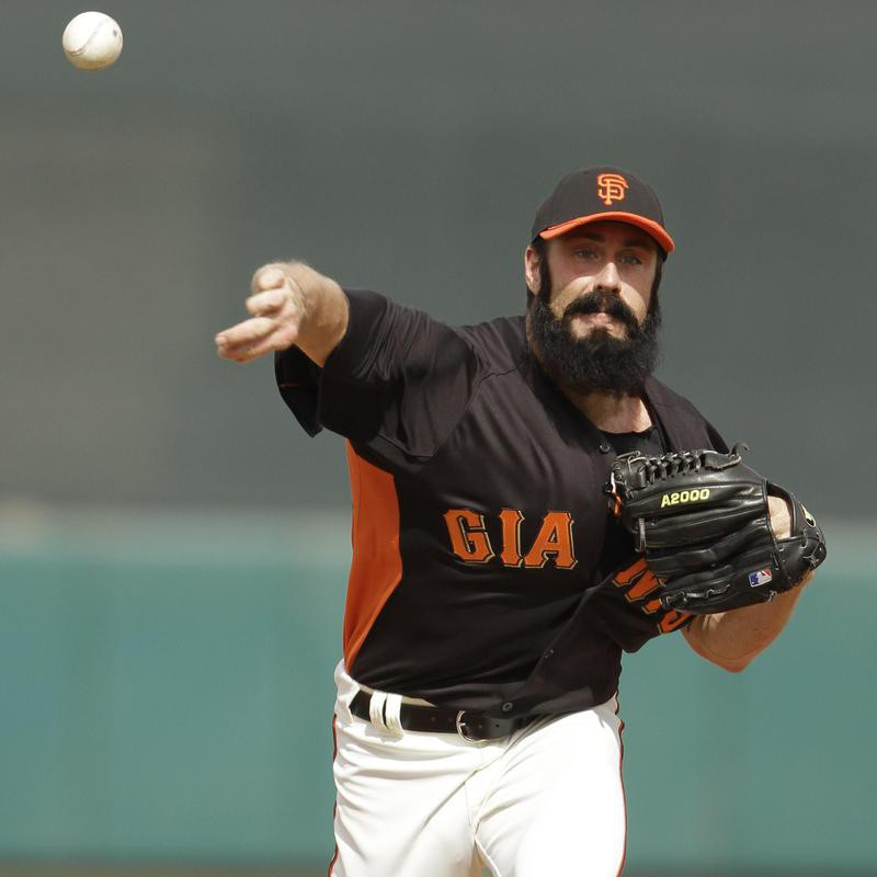 Brian Wilson pitching in Spring training game