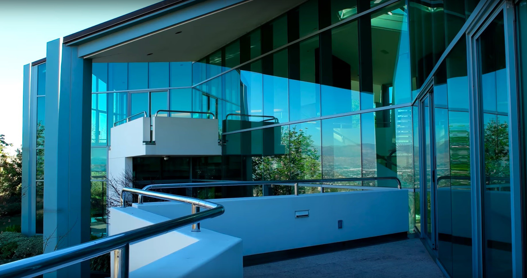 Pharrell Williams' balconies