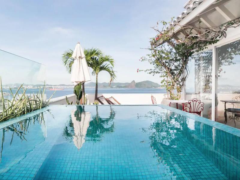 Romantic Penthouse for Couples