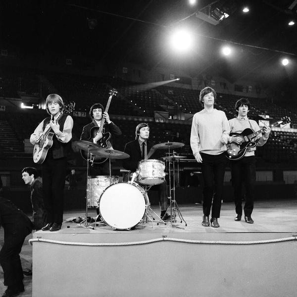 The Rolling Stones are shown during rehearsal on April 8, 1964 at an unknown location.  The British band members, from left, are, Brian Jones, guitar; Bill Wyman, bass; Charlie Watts, drums; Mick Jagger, vocals; and Keith Richards, guitar.  (AP Photo)