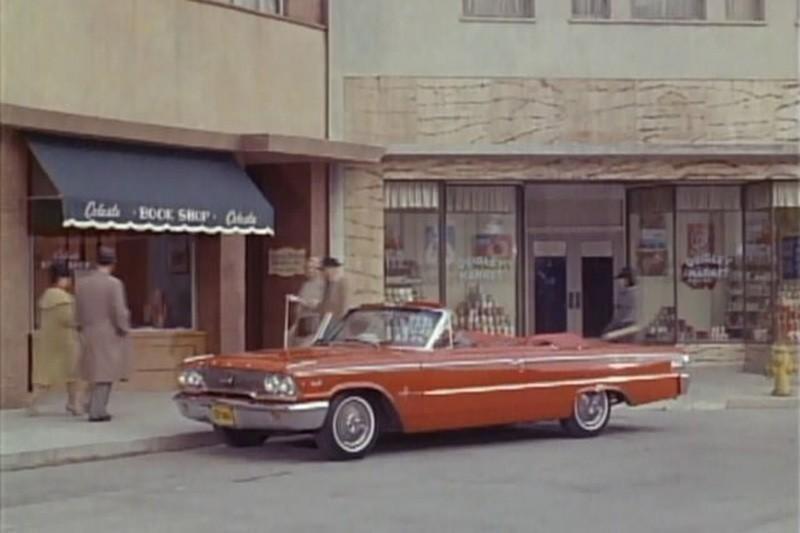 7. 1963 Ford Galaxie 500XL