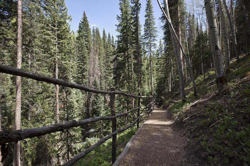 Hiking trail of Jerry Seinfeld's house in Telluride