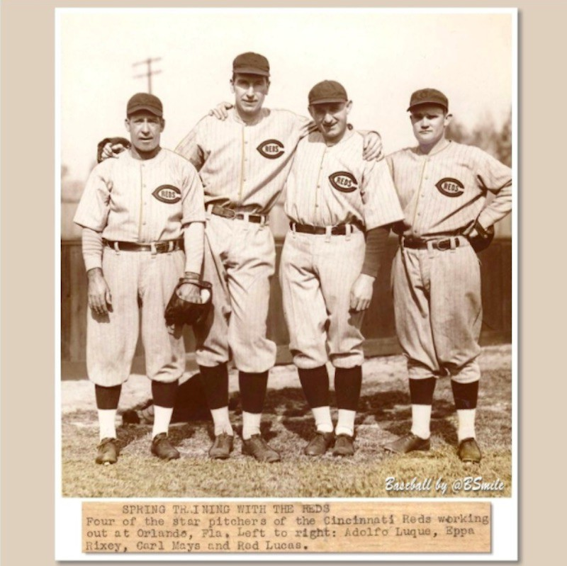 Eppa Rixey posing with teammates