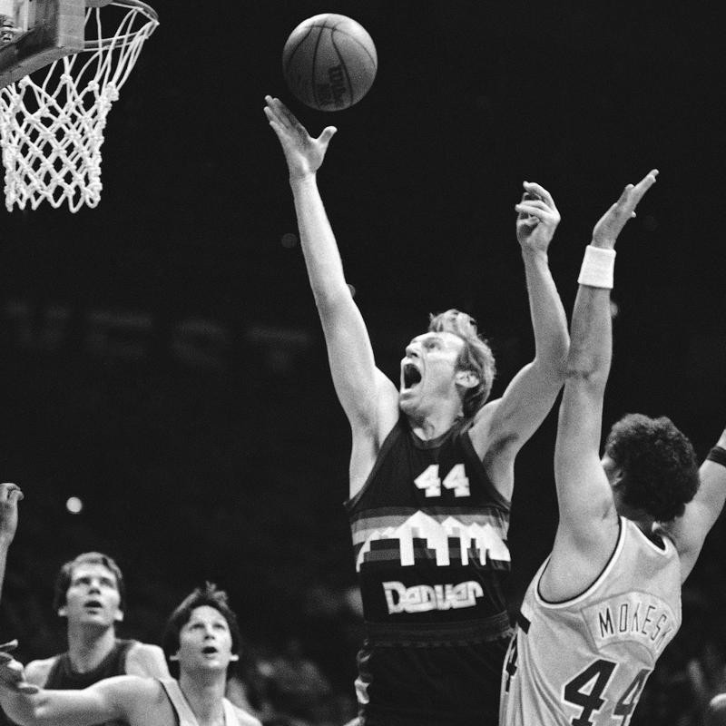 Dan Issel goes up for rebound