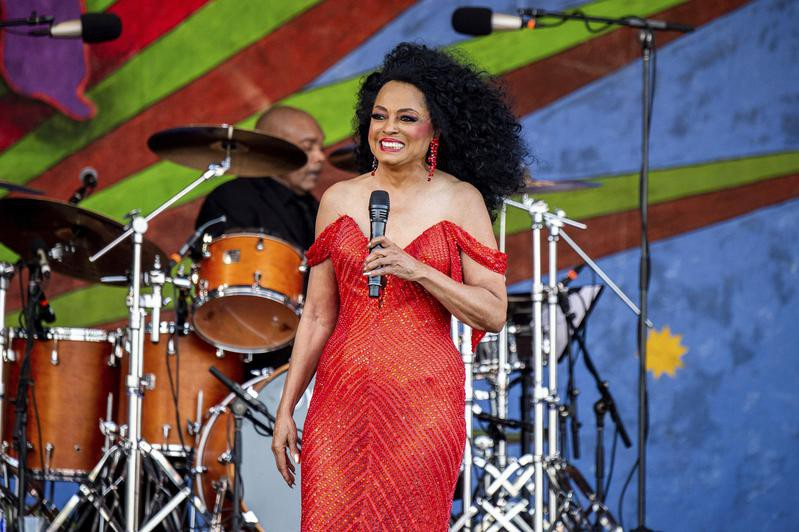 Diana Ross performs at New Orleans Jazz and Heritage Festival