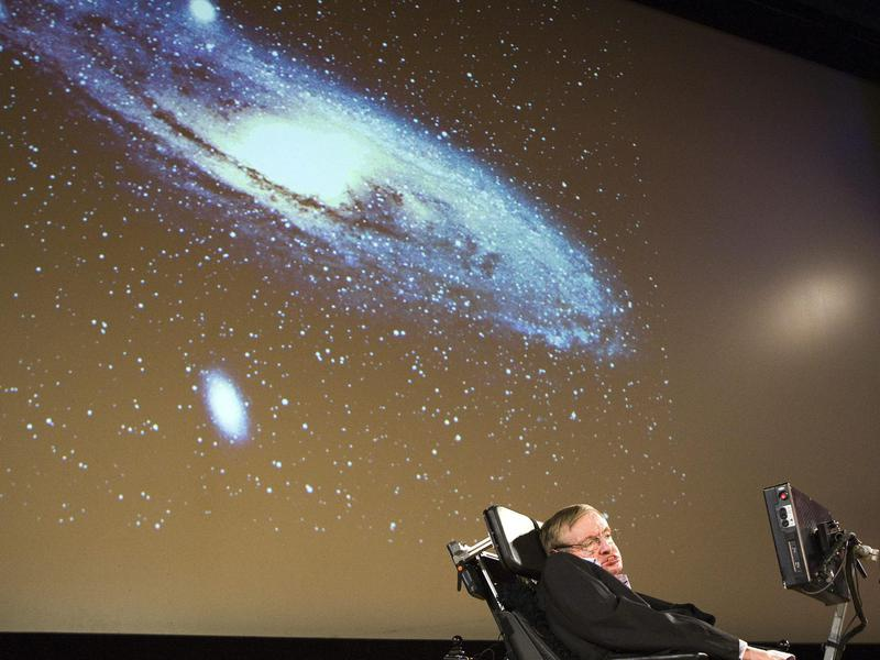 "Hawking delivers a lecture on ""The creation of the universe"" for the 450th anniversary of the University of Geneva in 2009."