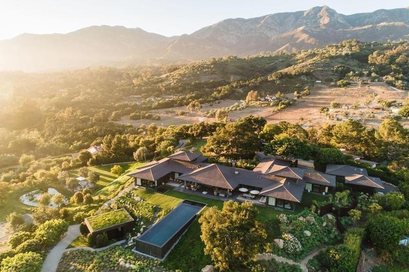 Ellen DeGeneres and Portia's house in Montecito