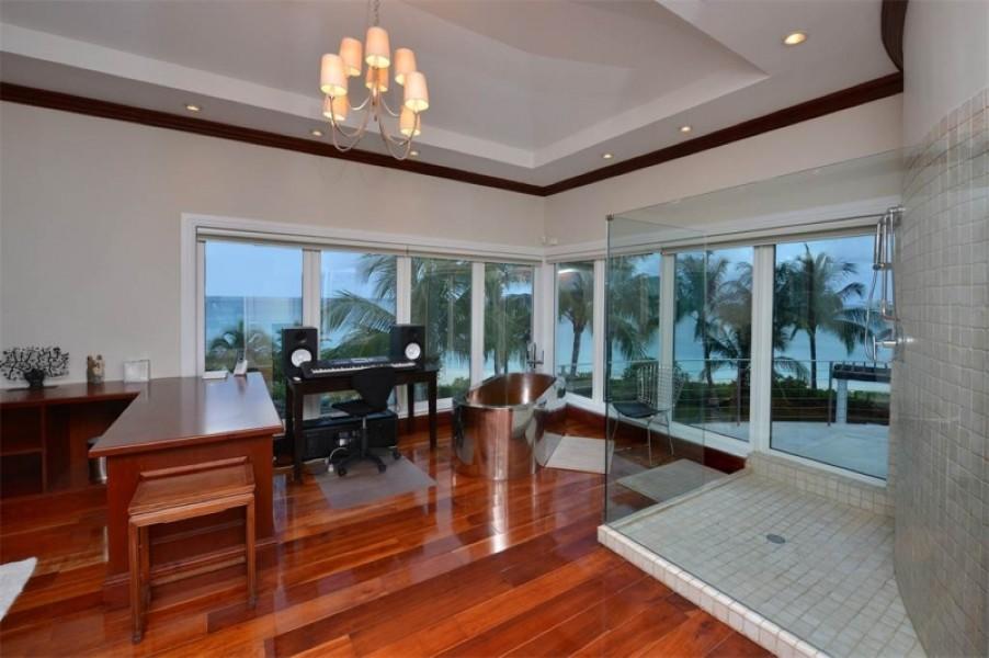 Shania Twain's house