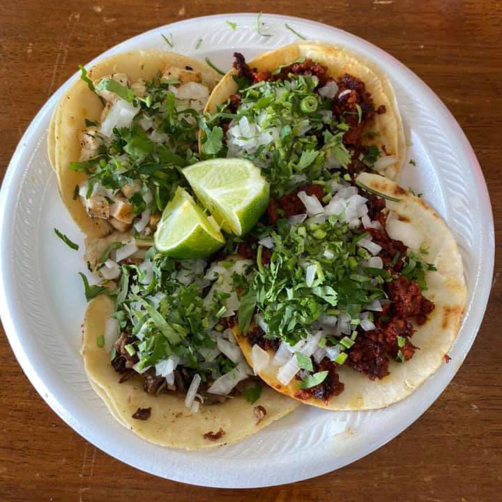 Tacos La Banqueta Puro DF in Dallas