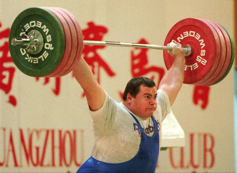 Russia's Andrei Chemerkin snatches 197.5kg