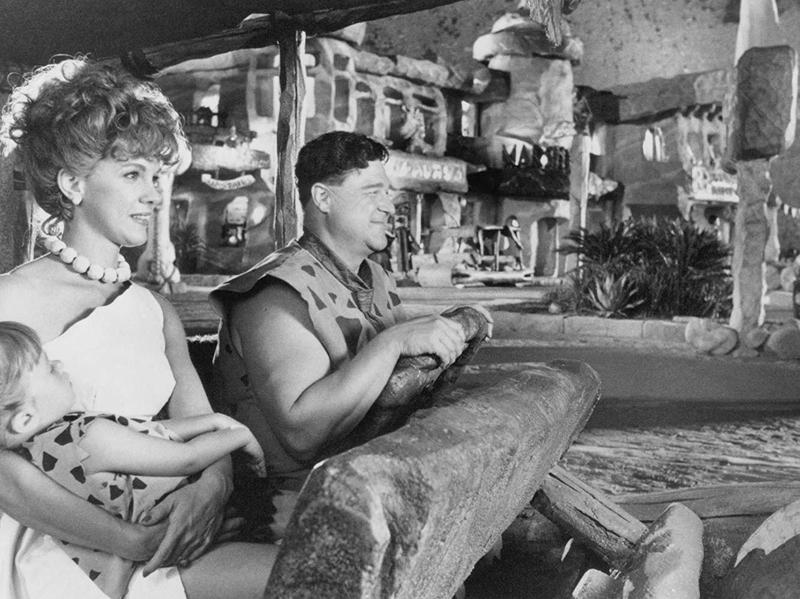 John Goodman and Elizabeth Perkins in The Flintstones (1994)