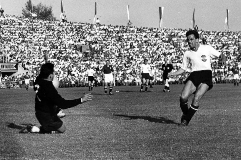 Austria defeats Switzerland, 1954