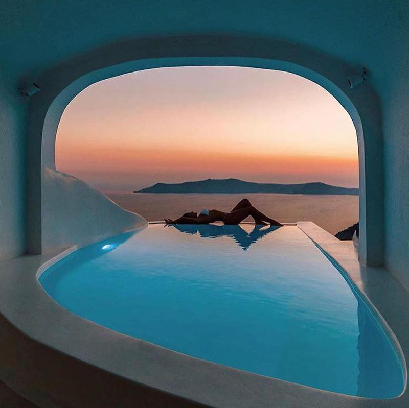 Boutique Pool in Santorini