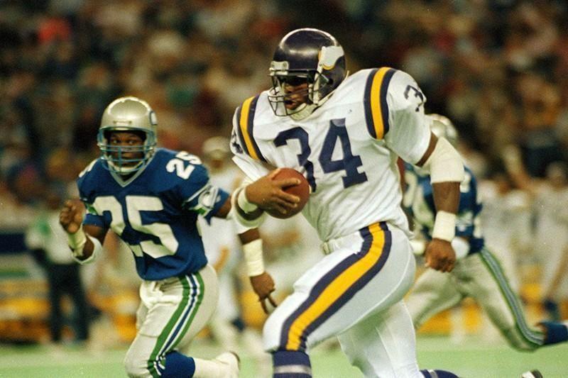 Minnesota Vikings running back Herschel Walker in 1990