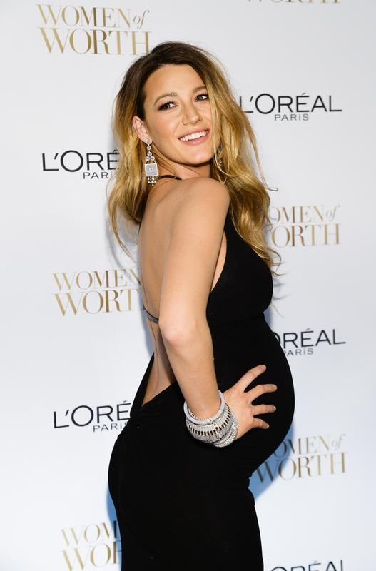 Blake Lively poses at Ninth Annual Women of Worth Awards