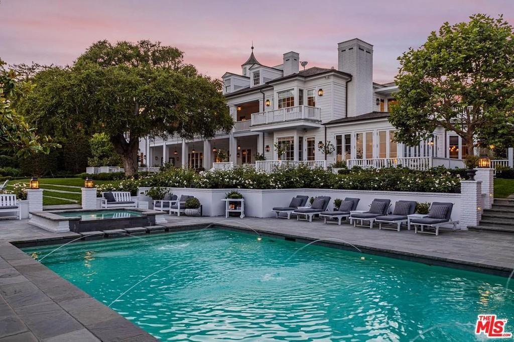 Rob Lowe's pool in Montecito
