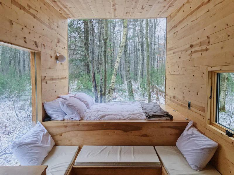 Off-grid cabin in Wisconsin