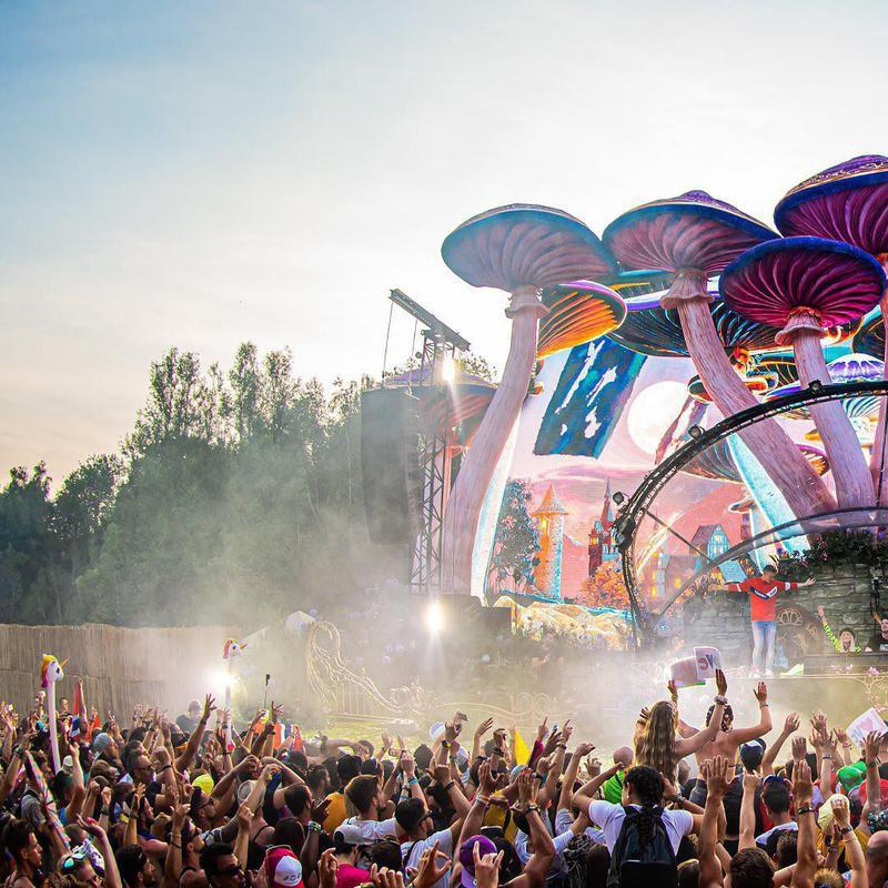 Tomorrowland scene