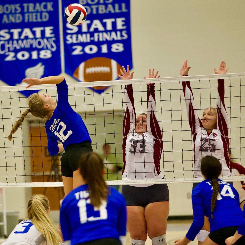 Carthage volleyball