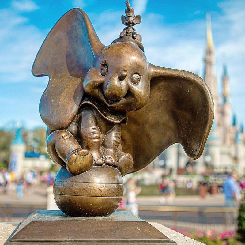 Statue of Dumbo