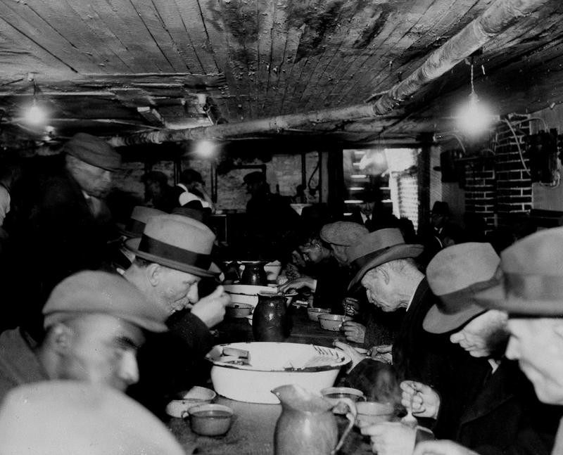 Christmas meal in 1931