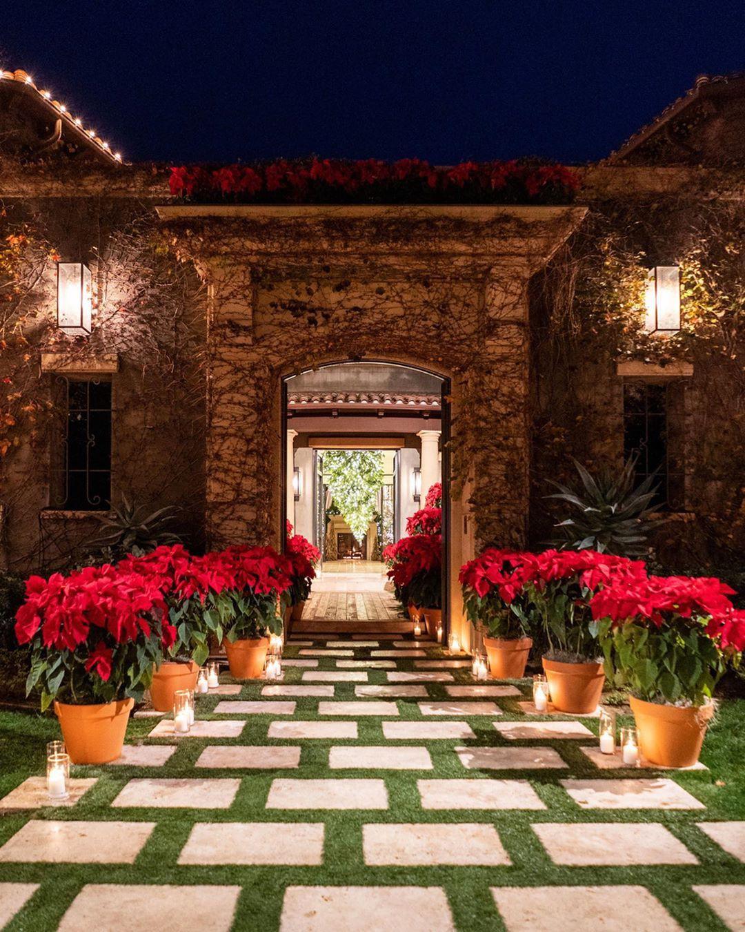 Kourtney Kardashian's Christmas-themed mansion