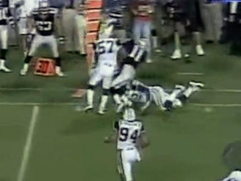 Mo Lewis lays a hit on Drew Bledsoe