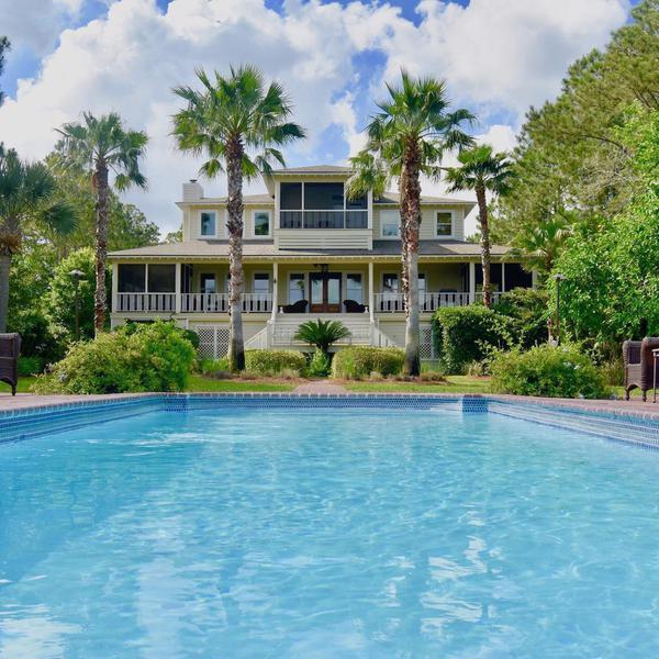 'Gravity' Star Sandra Bullock Lists Her $6M Georgia Estate