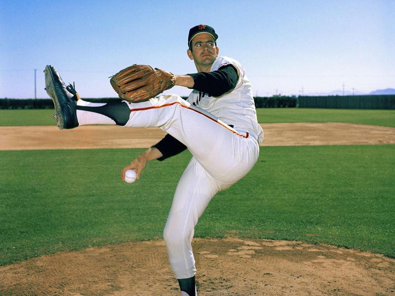 Gaylord Perry winds up at Spring Training