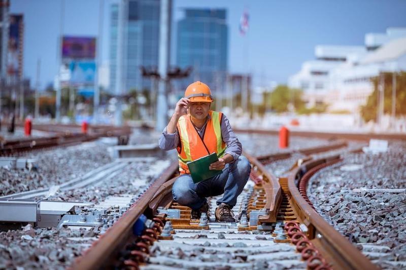 Railroad switch operator