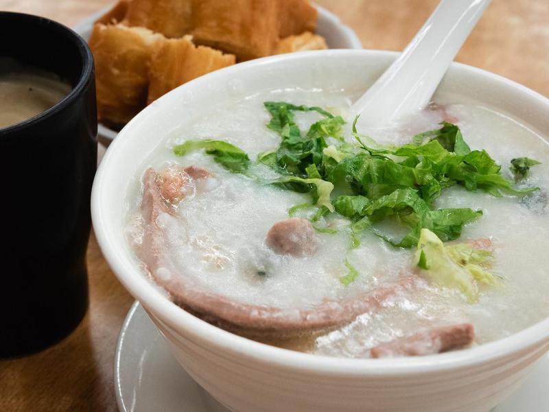 Hong Kong congee with pork intestine