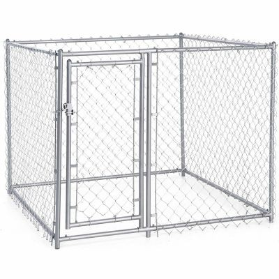 Tractor Supply dog kennel: Lucky Dog Galvanized Chain Link Dog Kennel Kit