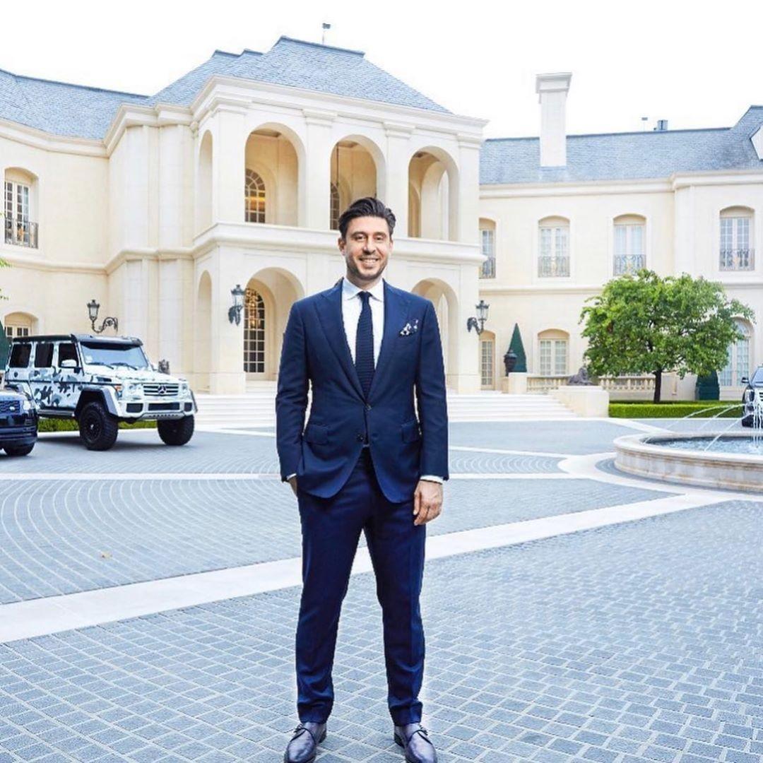Sam Palmer at The Manor