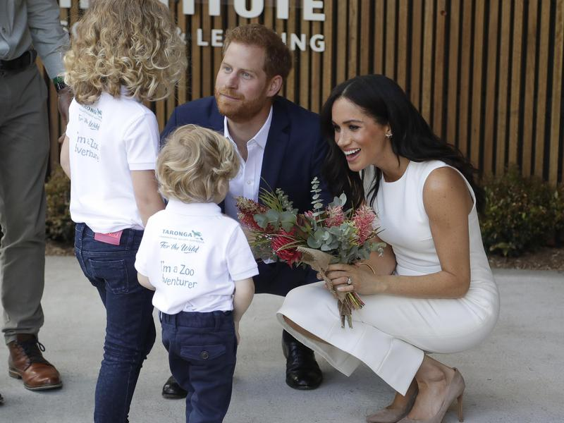 Markle with child