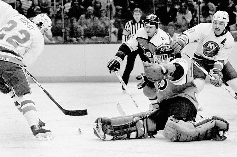 Philadelphia Flyers goalie Darren Jensen