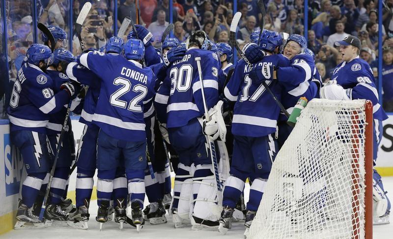 Tampa Bay Lightning celebrates