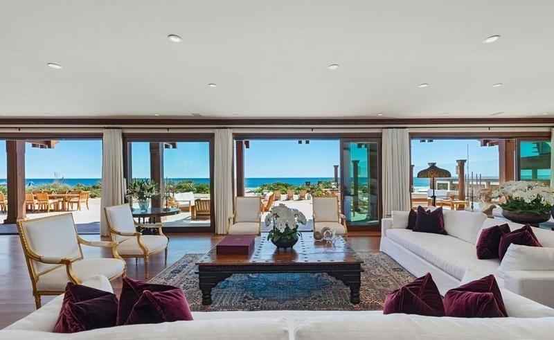 Pierce Brosnan's living room