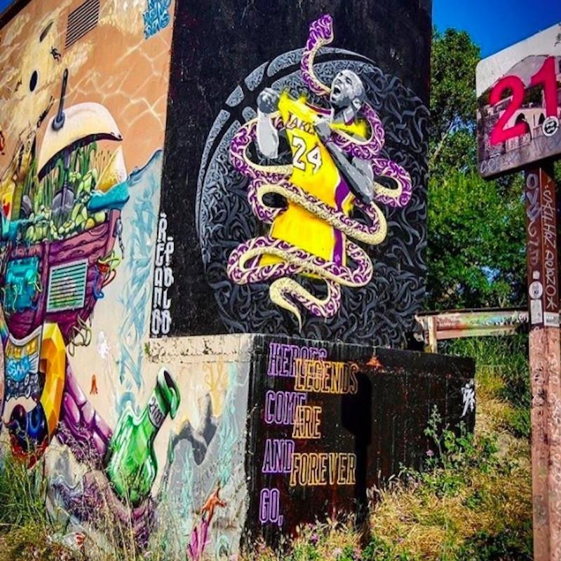 Kobe Bryant mural in Avignon, France