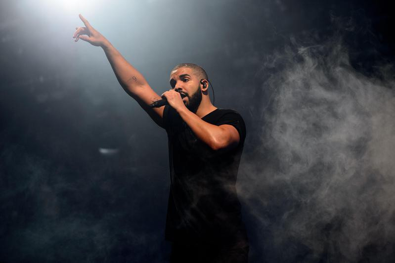 Drake performs on main stage of Wireless festival