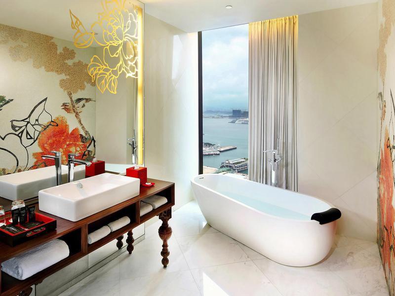 Mira Moon Hong Kong hotel