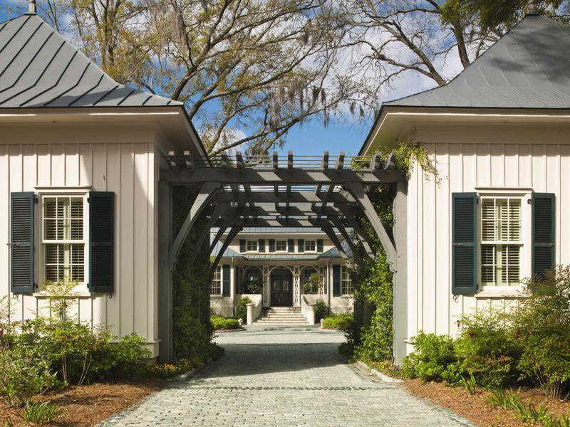 exterior riverbend house