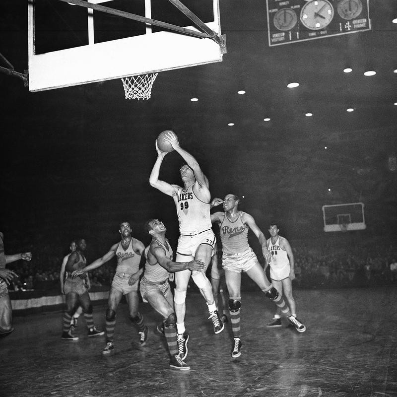 George Mikan goes up for shot