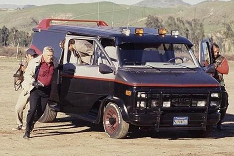 48. 1983 GMC Vandura