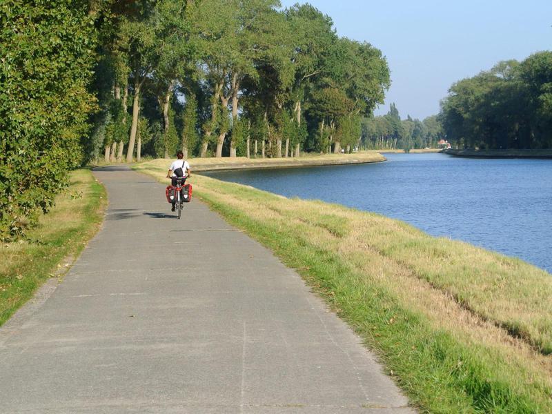 London to Amsterdam Bike Tour