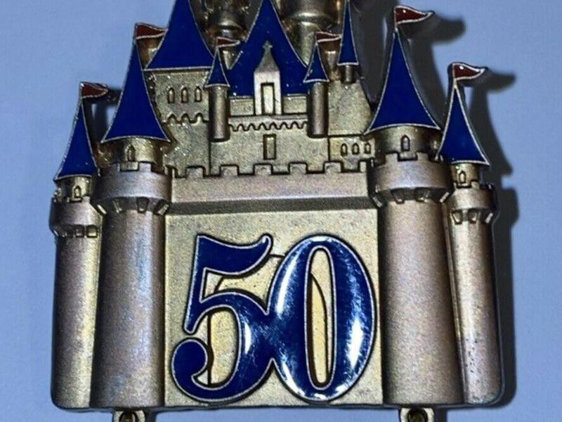 2005 Walt Disney World Official Pin Trading 50th Anniversary Castle