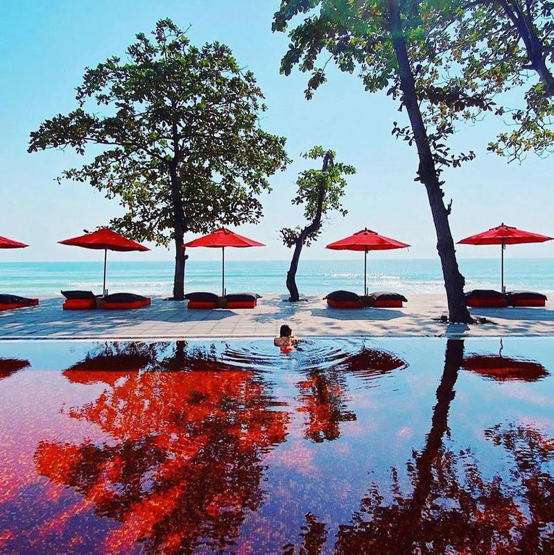 Red-bottomed Pool in Thailand